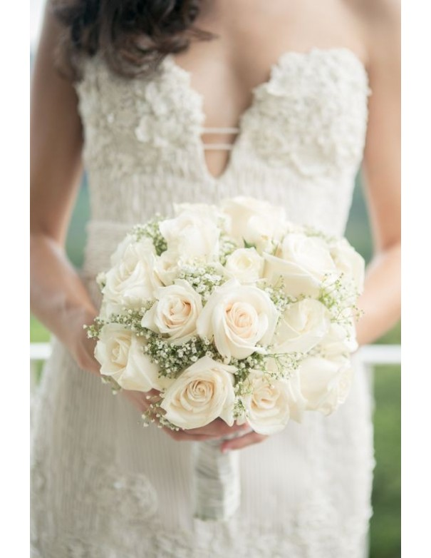 Beautiful bouquet of bride roses